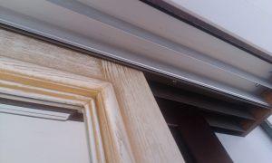 Двери из массива с раскладкой по периметру Северодвинск