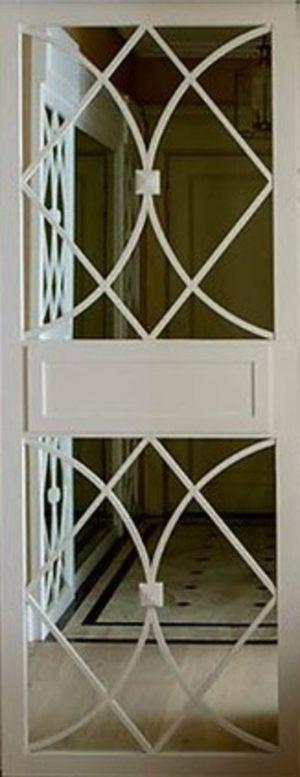 Вставка с фигурной филенкой на зеркале эмаль Северодвинск